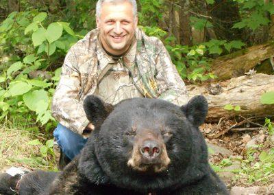 chasse-ours-noir-pourvoirie_menjo2