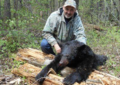 chasse-ours-noir-trophee2019-pourvoirie-menjo